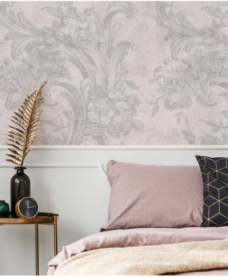 Classic, floral pattern wallpaper - pink